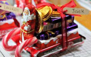 Sleigh with chocolates