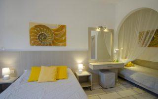 Δωμάτιο σε κίτρινους χρωματισμούς