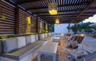 Μinimal καθιστικό ξενοδοχείου