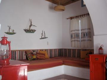 παραδοσιακό ύφος χτιστοί καναπέδες