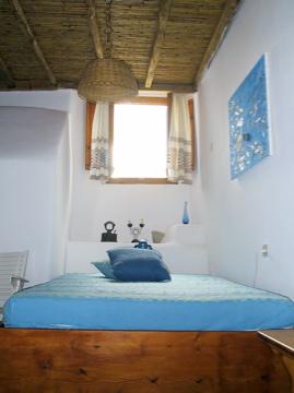υπνοδωμάτιο σε παραδοσιακό ύφος